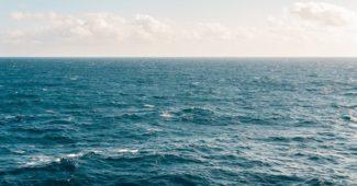 Gulf of Mexico blue ocean for yoga and detox retreats in Panama City Beach, Florida USA